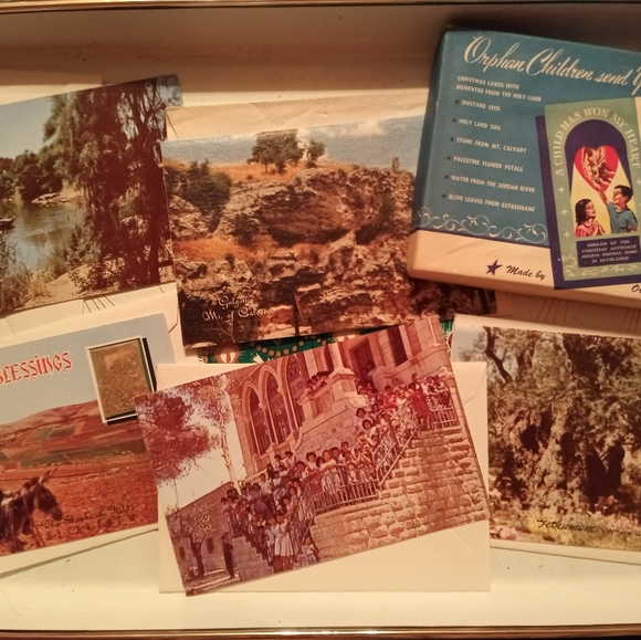 Vintage Christmas Cards Box Set